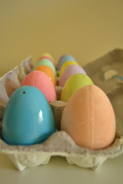 Decoupage Egg Carton