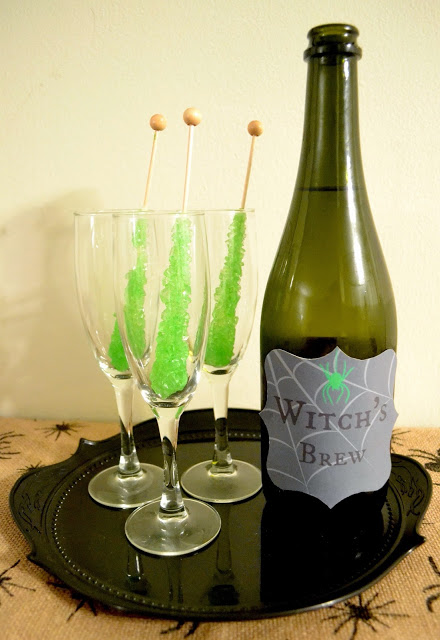 Simple Witch's Brew Cocktail + Free Printable