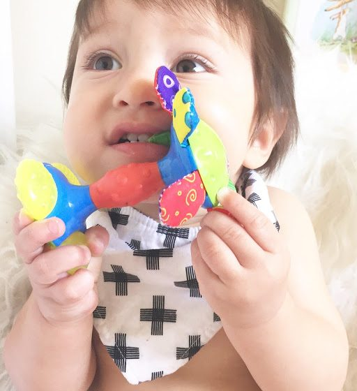 Teething Baby || Review + Giveaway