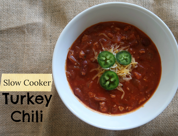 Simple Slow Cooker Turkey Chili Recipe