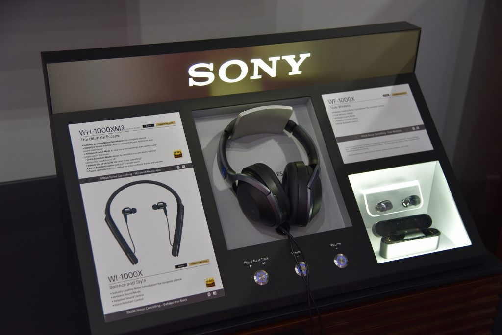 CTA + Techlicious Lunch and Learn Sony WH1000XM3 Noise-canceling headphones
