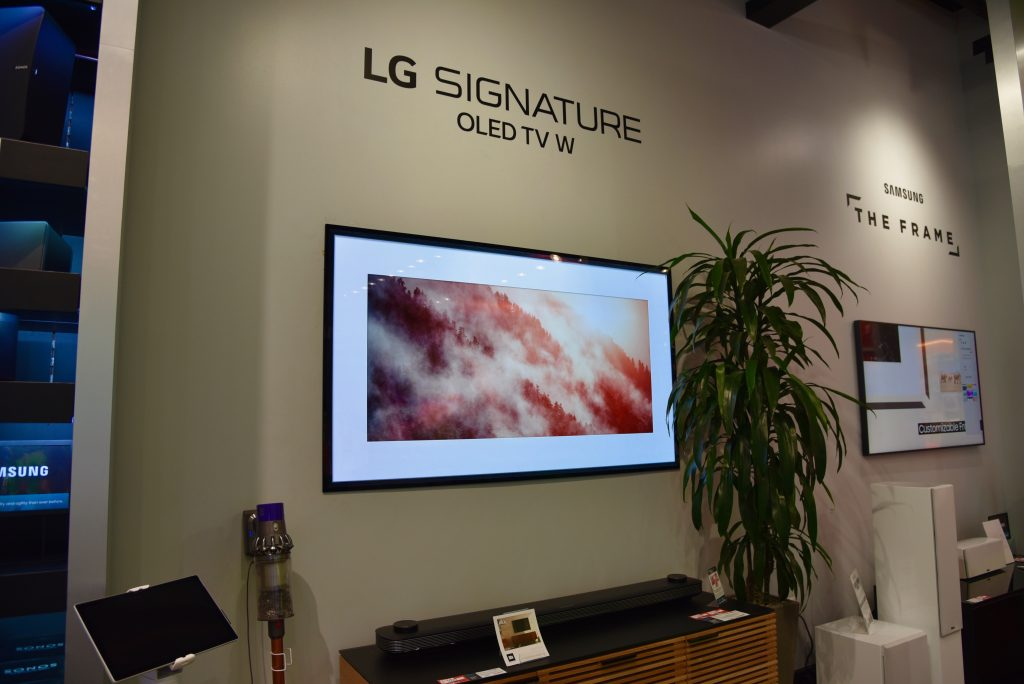 CTA + Techlicious Lunch and Learn LG Signature OLED TV