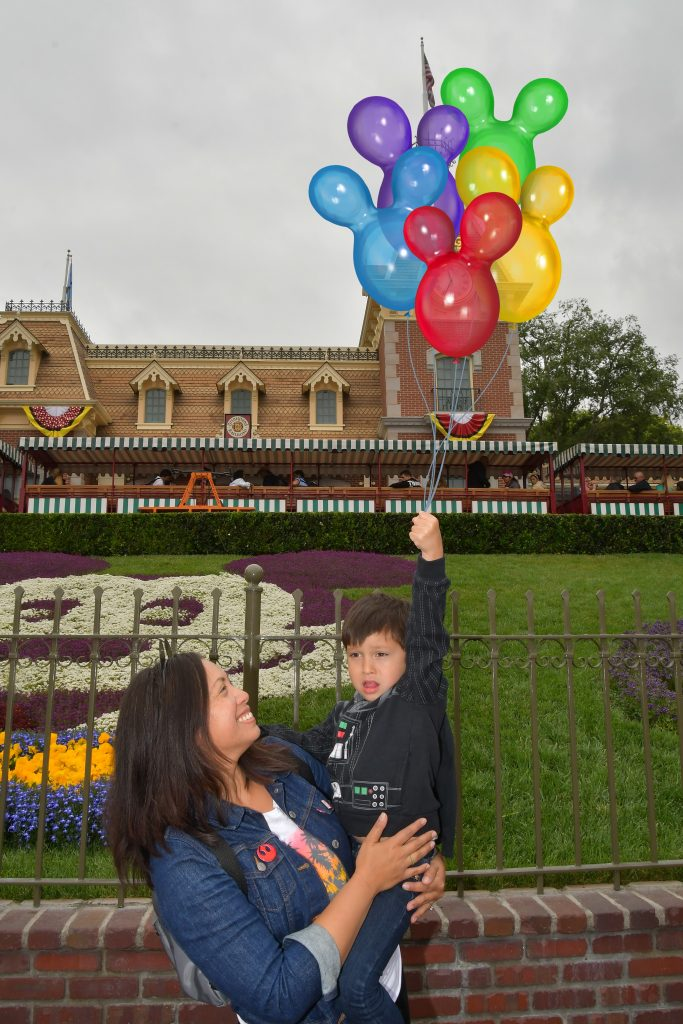 Disneyland MaxPass Magic Shots