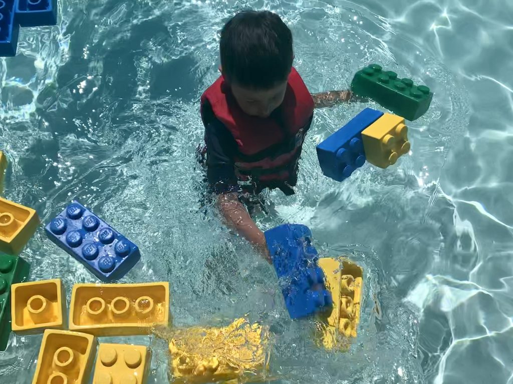 LEGO Brick that floats