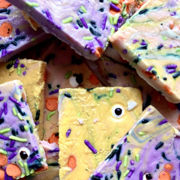 Frozen Halloween Yogurt Bark
