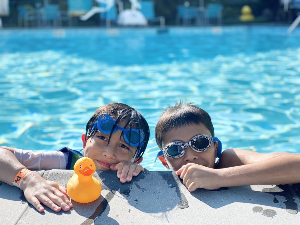 HoJo Anaheim Pool